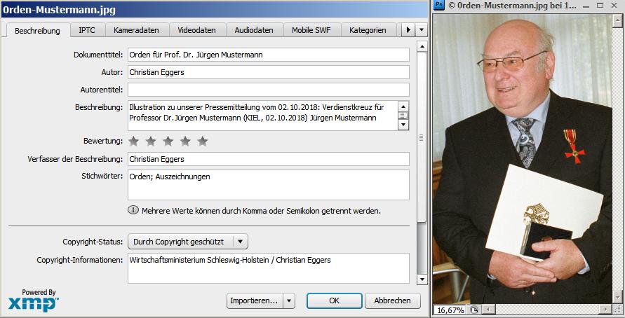 Die Abbildung zeigt das Photoshop-Feld zum Eintragen der Foto-Metadaten.